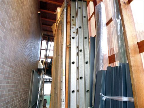 ㈱平板金工業8資材置き場