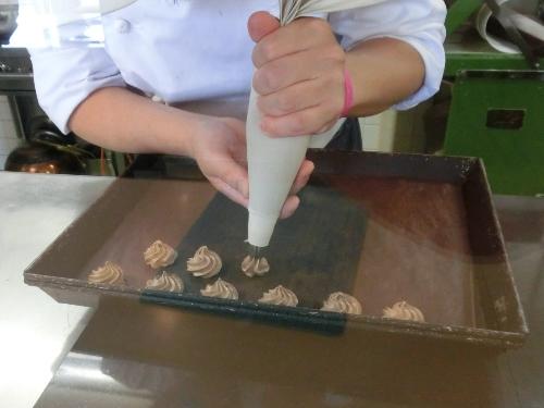 ルフラン9・お菓子製造シーン